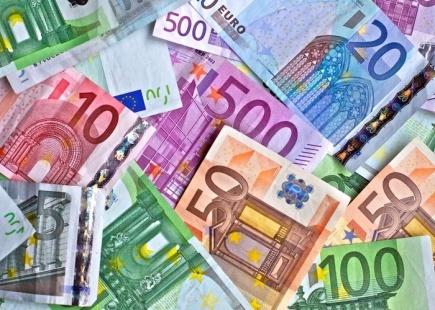 prohibidos-pagos-superiores-2500-euros